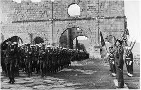 fête nationale,défilé du 14 juillet,armée régulière,légion étrangère,les couilles de françois hollande,épopée nationale,content