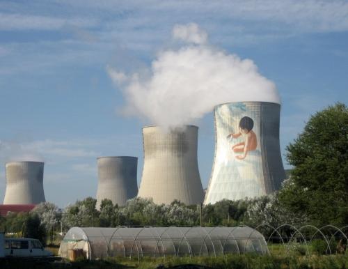 Centrale_nucléaire_de_Cruas_(département_de_l'Ardèche,_France)_-_panoramio.jpg